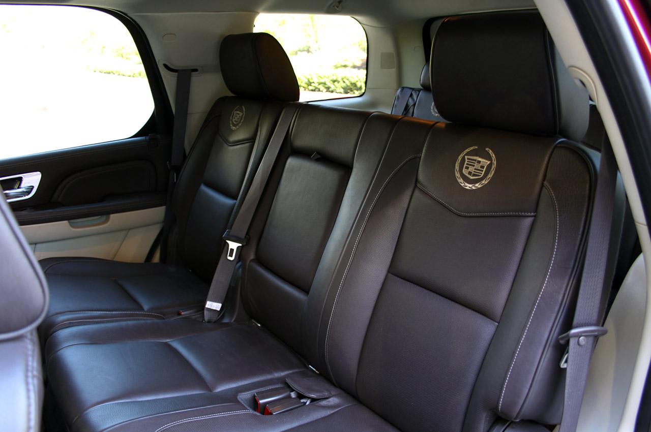 Cadillac Escalade Suv Limo Affair